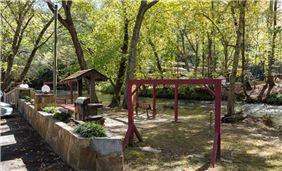 River Chattahoochee Sitting Area