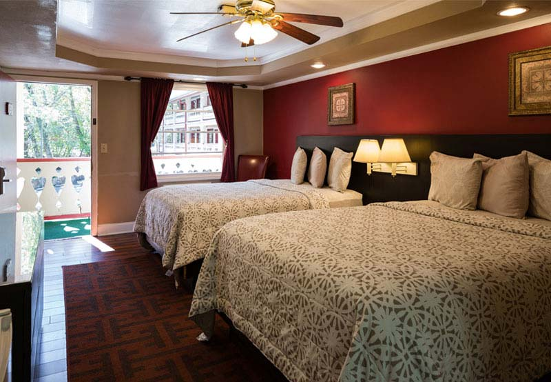Rooms at The Riverbend Hotel and Cabins